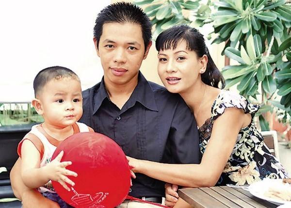 Những cuộc hôn nhân siêu ngắn hạn đầy nuối tiếc của sao Việt: Người kéo dài 1 năm, kẻ vỏn vẹn 7 ngày 11