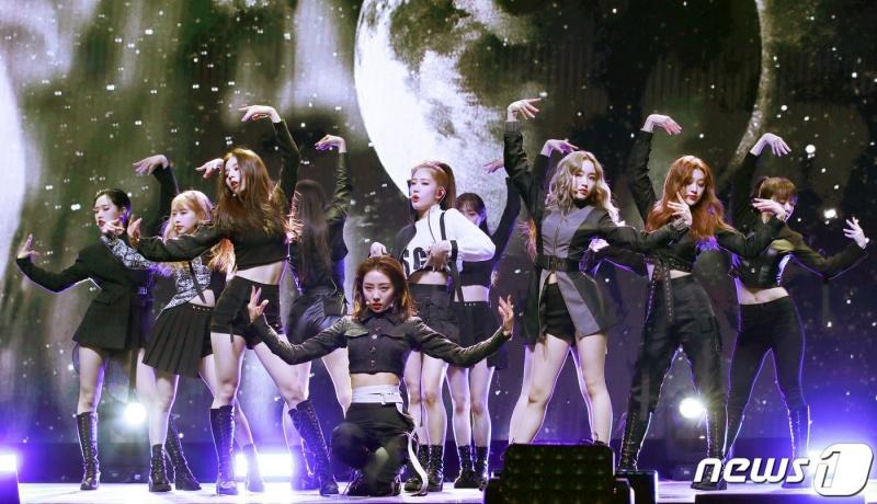Loona bất ngờ vượt mặt kỷ lục 'bá đạo' của Black Pink: Tiềm năng của nhóm nhạc hàng top? 3