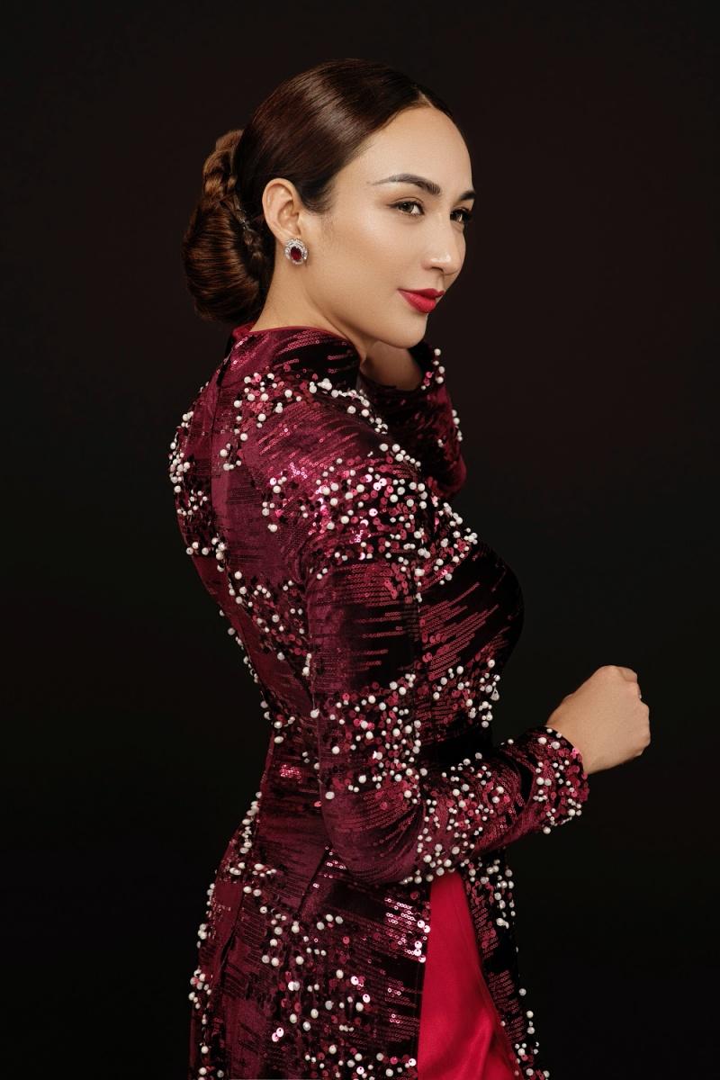 Hoa hậu Ngọc Diễm khoe bộ ảnh áo dài thướt tha, hé lộ lý do không theo đuổi phong cách gợi cảm 5