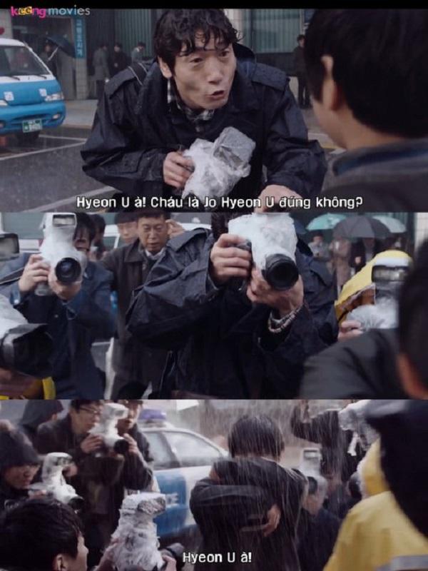 Hyeon U trở thành 'con mồi' của cánh săn ảnh, đặc biệt là nhà báo Lee Jun Hee.