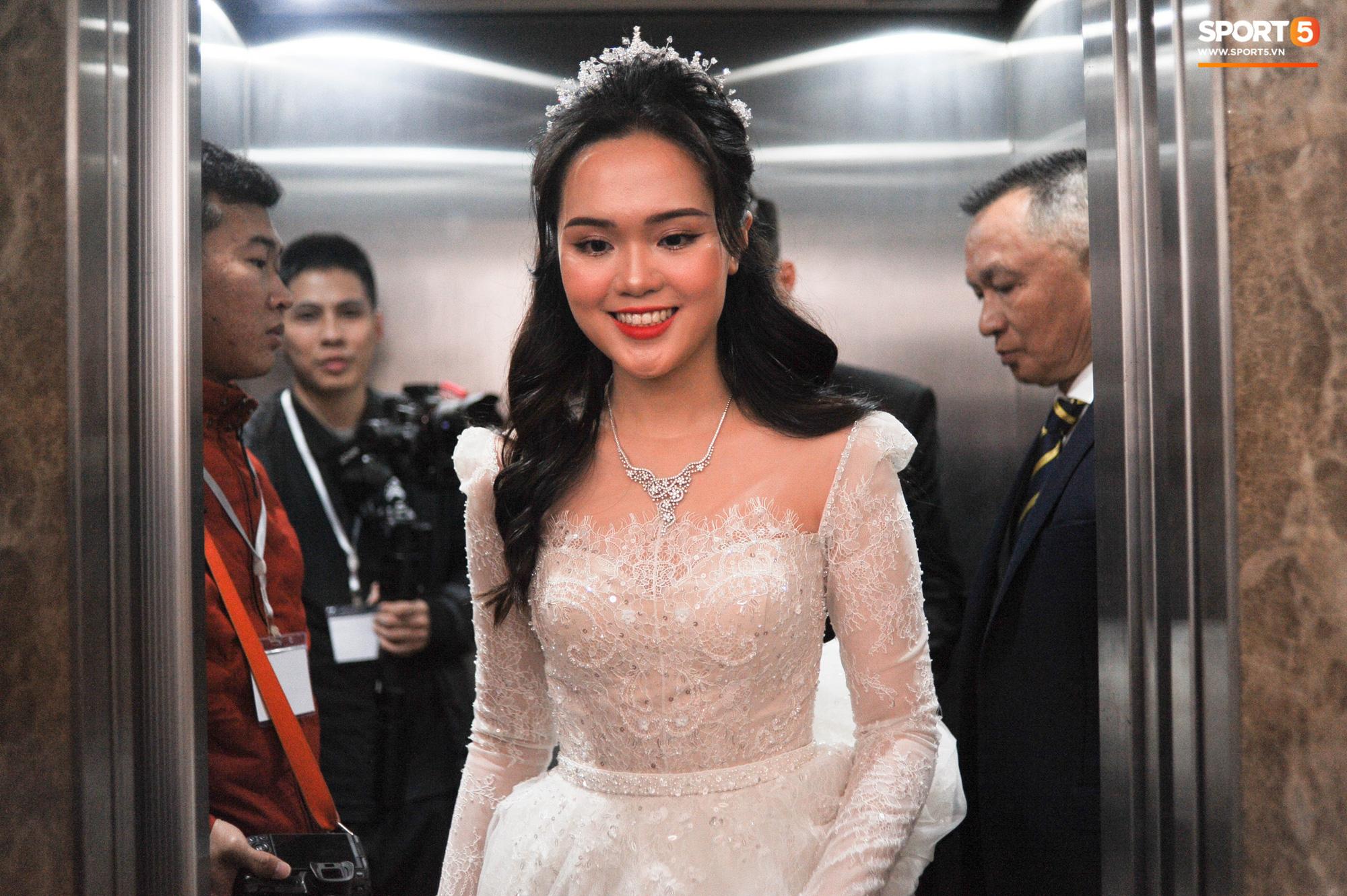 Sau lần 'trang điểm sương sương' tai hại, thợ make-up đã sửa sai giúp Quỳnh Anh trở thành công chúa thật sự 10
