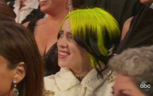 Billie Eilish bị cho là vô lễ khi nhăn mặt trước đàn chị tại Oscar 2020 1