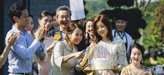 Đạo diễn Bong Joon Ho tiết lộ chi phí nội thất đắt đỏ được sử dụng trong Parasite 2