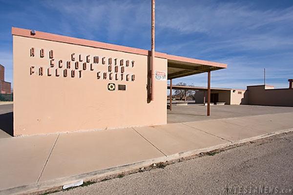 Trường tiểu học Abo là ngôi trường dưới lòng đất đầu tiên ở Mỹ.