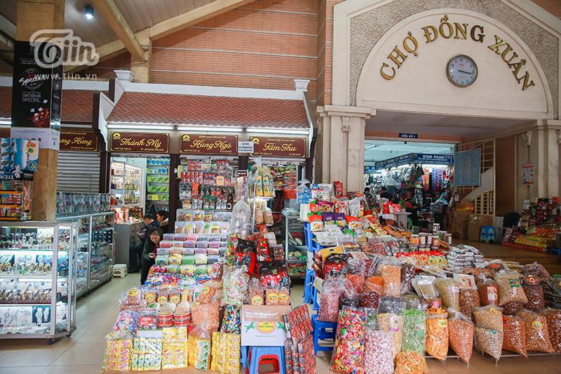Cảnh tượng chưa từng thấy: Chợ buôn lớn nhất Hà Nội 'vắng như chùa Bà Đanh' mùa dịch 3