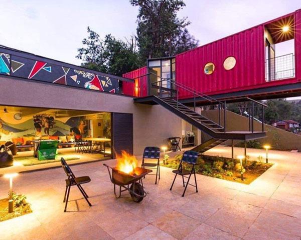 Với thiết kế ấn tượng từ không gian, nội thất… những cơ sở của Zo Hotels nhận vô số lời khen từ khách hàng của mình và tạo sự khác biệt với các địa điểm nghỉ dưỡng khác.