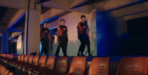Gần 60 game thủ xuất hiện cực ngầu trong MV âm nhạc quảng bá giải đấu Liên Quân Mobile 5