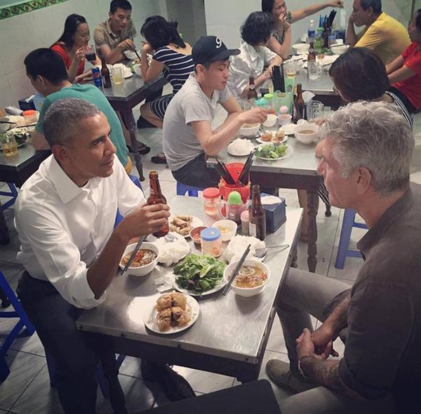 Hai vị khách đặc biệt từng ghé nhà hàng.