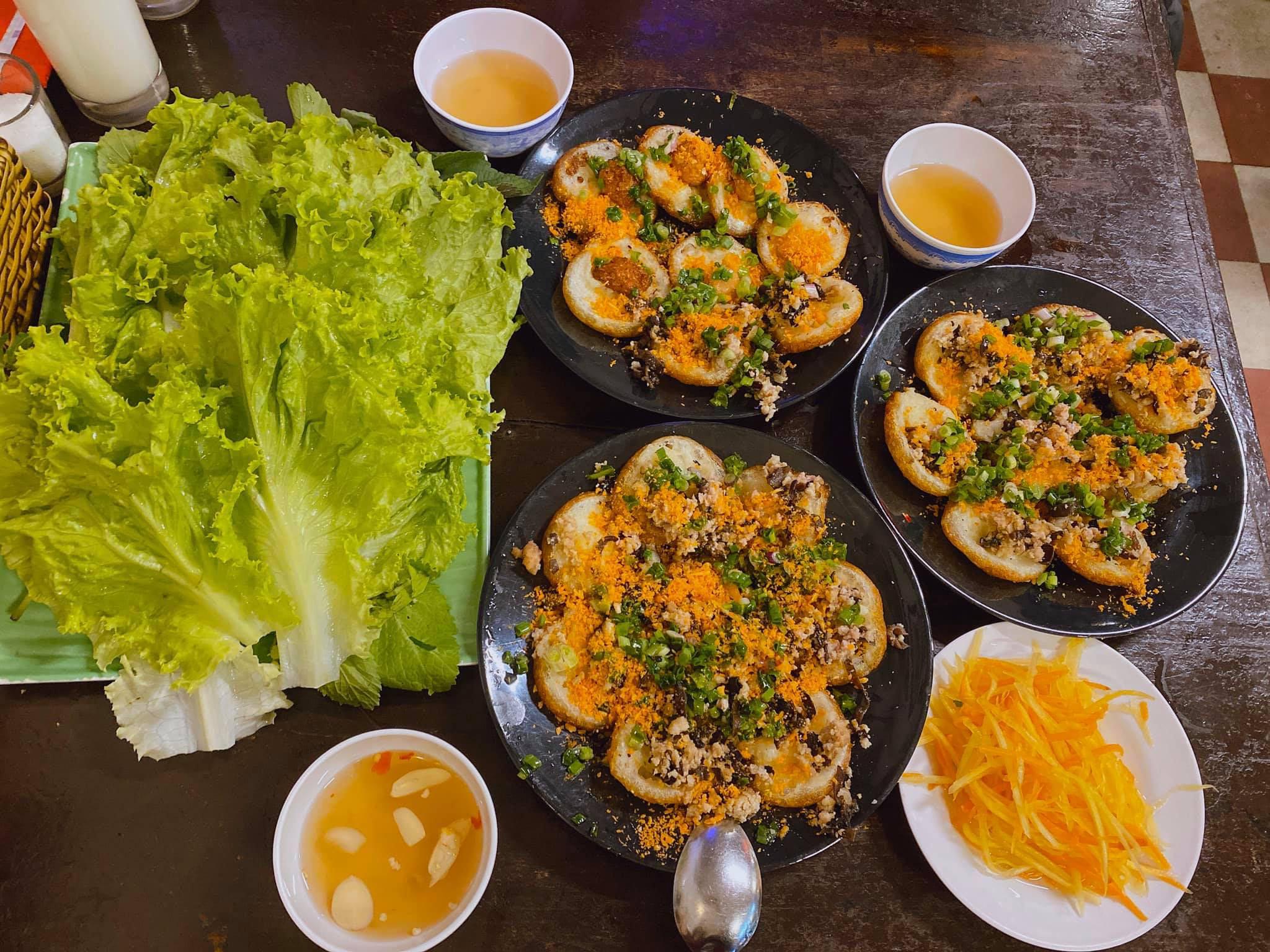 Hé lộ về tuần trăng mật của vợ chồng Phan Văn Đức: Đi đúng mùa dịch nên chỉ toàn ăn và ngủ! 3