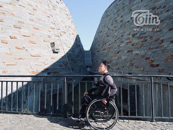 Khám phá Việt Nam bằng xe ba bánh, chàng 'phượt thủ' lan truyền sự lạc quan đến cộng đồng yêu du lịch 2