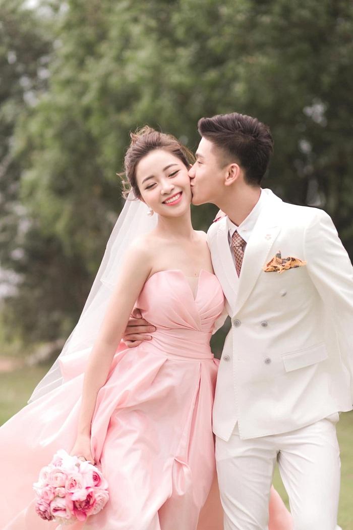 Nhật Linh chia sẻ bất ngờ: Vẫn ở nhà bố mẹ đẻ dù đã kết hôn với Văn Đức 4