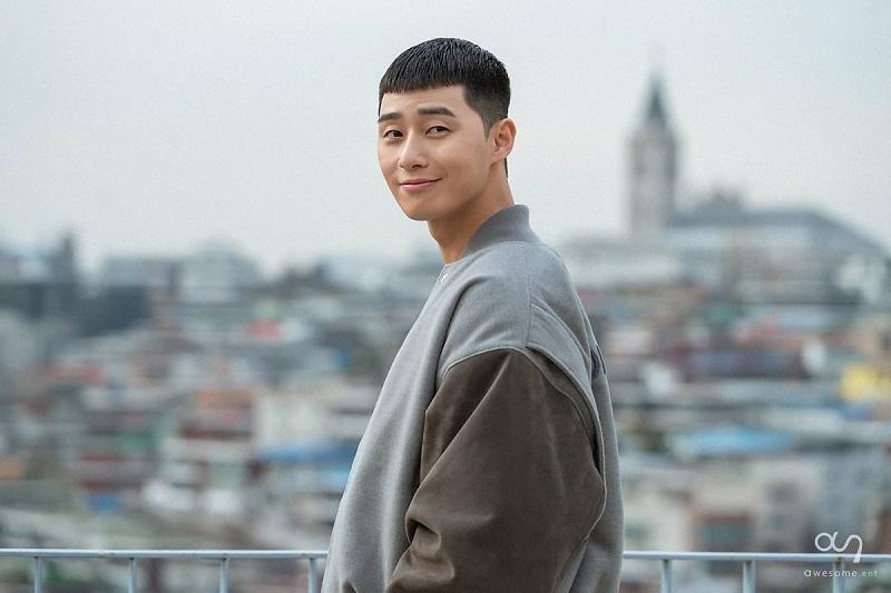 Thảm họa sau khi bắt chước kiểu tóc của nam thần Hàn Quốc, nam thanh niên bị vợ đòi chia tay 1