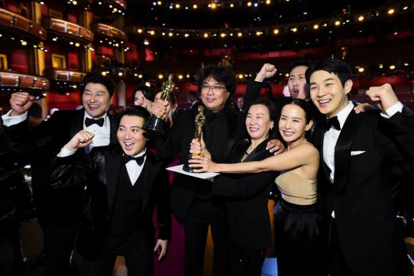 'Parasite' vừa làm nên lịch sử khi thắng đậm tại Oscar 2020 vào ngày 10/2 mới đây (theo giờ Việt Nam)