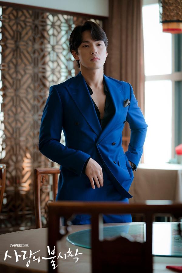 Kim Jung Hyun nhờ vai diễn 'thánh lừa đảo' Seung Joon mà lấy lại được tình cảm của khán giả sau scandal thái độ với Seohyun.