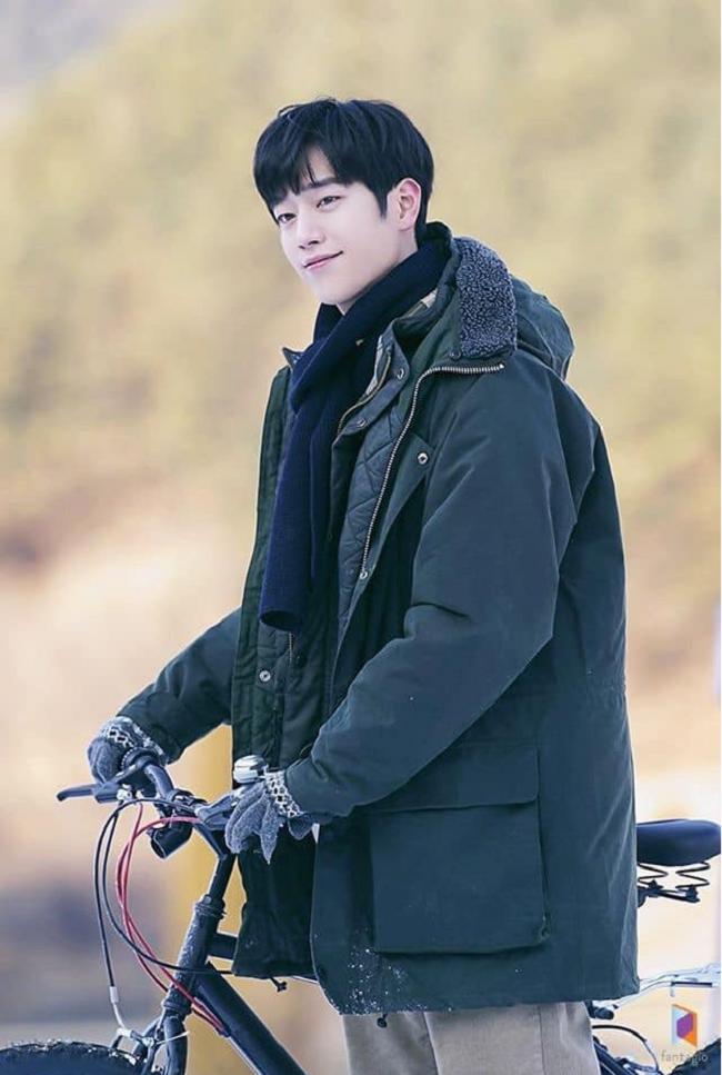 Trước thềm lên sóng 'Trời đẹp em sẽ đến', ngắm loạt ảnh hậu trường đẹp như tạp chí của Seo Kang Joon 0