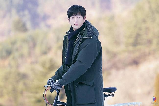 Trước thềm lên sóng 'Trời đẹp em sẽ đến', ngắm loạt ảnh hậu trường đẹp như tạp chí của Seo Kang Joon 5