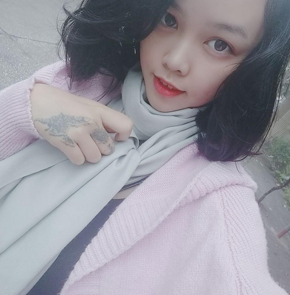 Khánh Linh - nữ chính và cũng là chủ nhân câu chuyện tình yêu 'siêu cấp phi hành gia' đang hot trên mạng