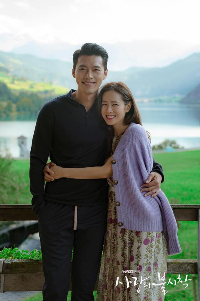 Chuyện tình đẹp của cặp đôi trong phim khiến khán giả không khỏi ngưỡng mộ.
