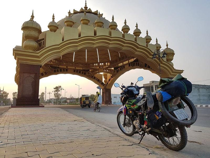 Đăng Khoa tại Ấn Độ hồi tháng 7/2017.