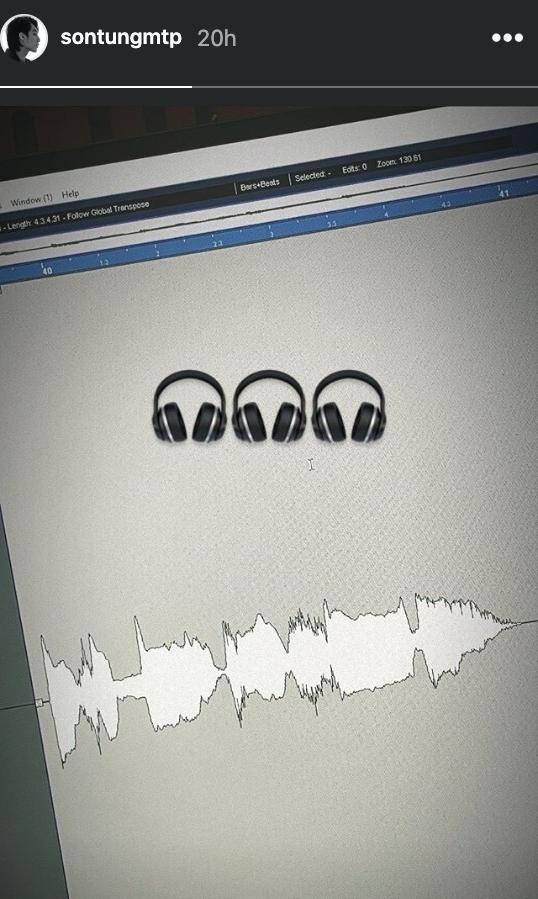 Hình ảnh này cũng cho thấy tiến độ làm nhạc đang tiến triển rất tốt của ekip nam ca sĩ.