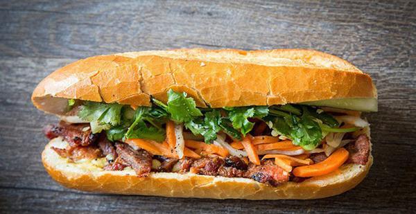 Giải mã những lý do khiến bánh mì trở thành món ăn đặc trưng trong bản đồ ẩm thực của người Việt 0