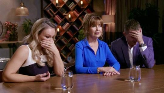 Chuyên gia phải có mặt để giải quyết mối bất hòa giữa David và Hayley