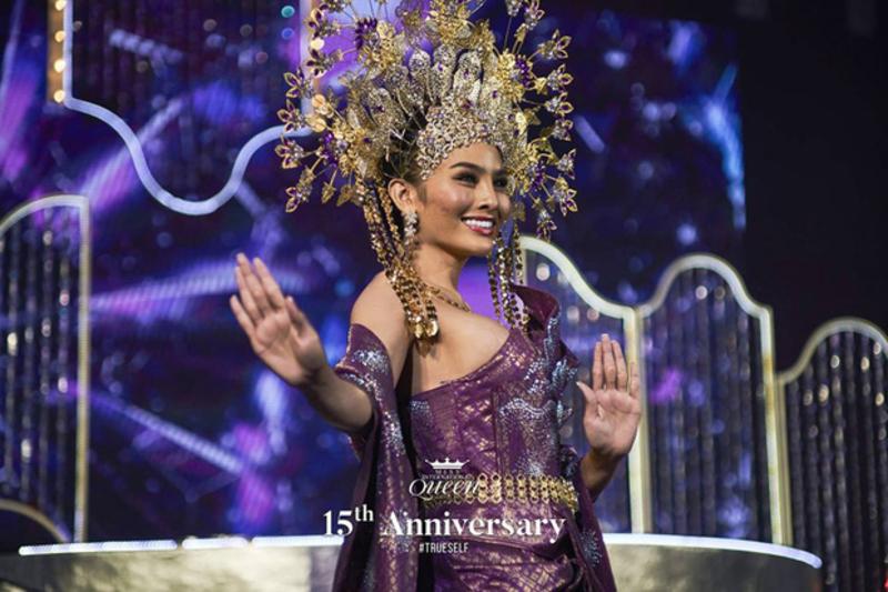 Lọt top 13 trong phần thi tài năng, Hoài Sa gây chú ý với nhan sắc đỉnh cao trong chiếc váy xẻ tà gợi cảm tại Miss International Queen 2020 6
