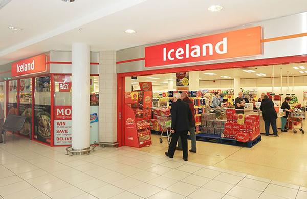 Nhiều siêu thị mở cửa sớm để đón khách hàng là người cao tuổi, khuyết tật. (Ảnh:Paul Doherty)