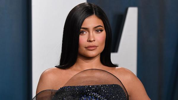 Được Tổng y sĩ Hoa Kỳ 'cầu cứu' chống dịch Covid-19, Kylie Jenner đã có hành động này 0