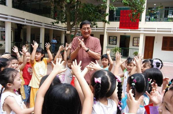 Nhạc sĩ Phạm Tuyên là nhạc sĩ của thiếu nhi, với rất nhiều sáng tác được trẻ em yêu mến.