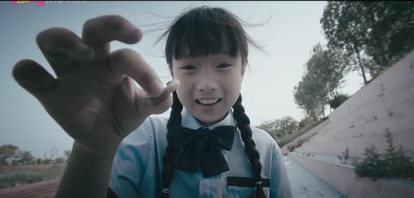 'Lê hấp đường phèn': Trong phim thì đàn áp Ngô Thiến, ở hậu trường Trương Tân Thành lại phải làm 'con sen' cho cô nàng 1