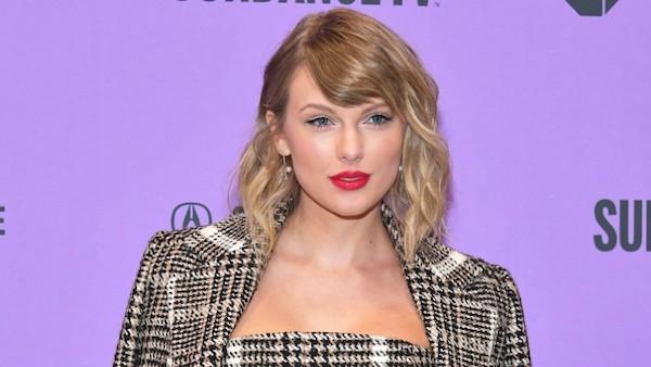 Taylor Swift cuối cùng đã lên tiếng về scandal với Kanye West, nhưng lại 'lợi dụng' để làm điều này 1