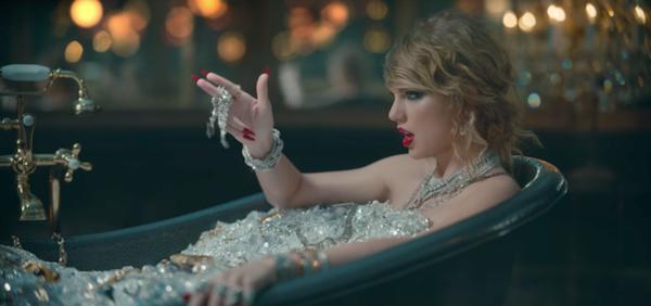 Điểm lại những dấu mốc khó quên trong 11 năm thù hận giữa Taylor Swift và Kanye West 6