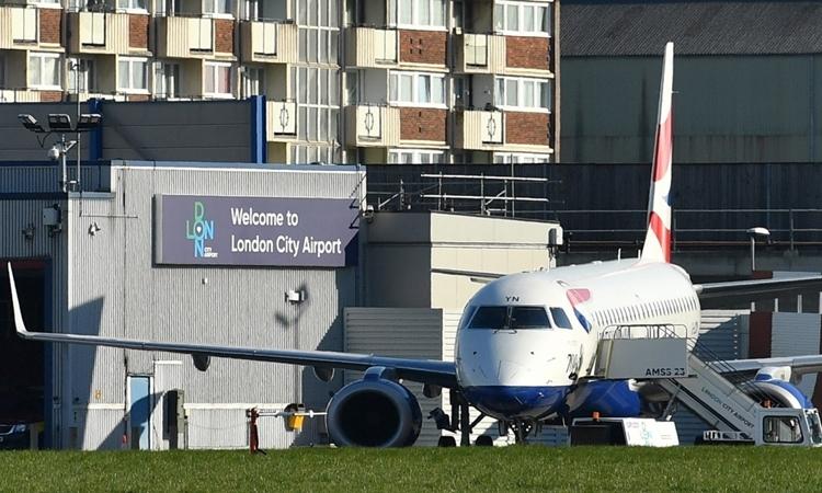 Sân bay thành phố London đóng cửa từ ngày 25/3. Ảnh: Getty
