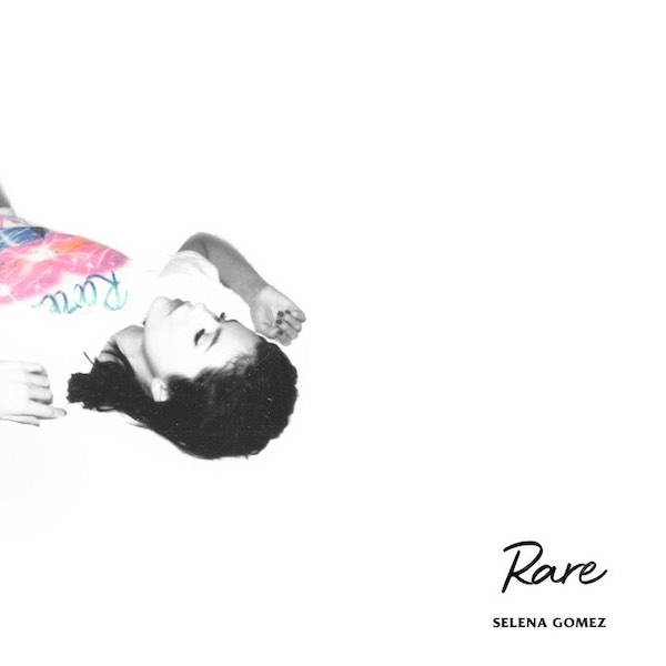 Dance Again là MV tiếp theo trích từ album Rare của Selena Gomez.