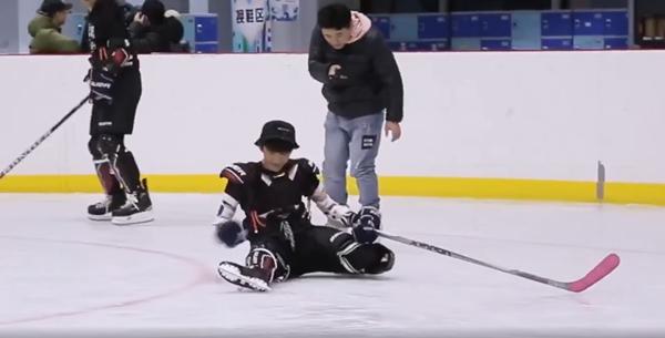 Vì sao Trương Tân Thành không cần dùng thế thân khi diễn cảnh trượt băng trong 'Lê hấp đường phèn'? Đây là lý do 5