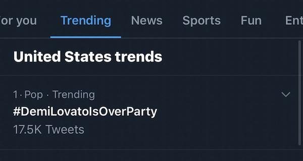 Bữa tiệc tàn của Demi Lovato đang là hashtag được cư dân mạng quan tâm.