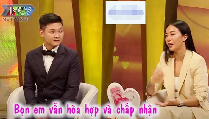 Chồng của Hana Giang Anh lắng nghe vợ chia sẻ...