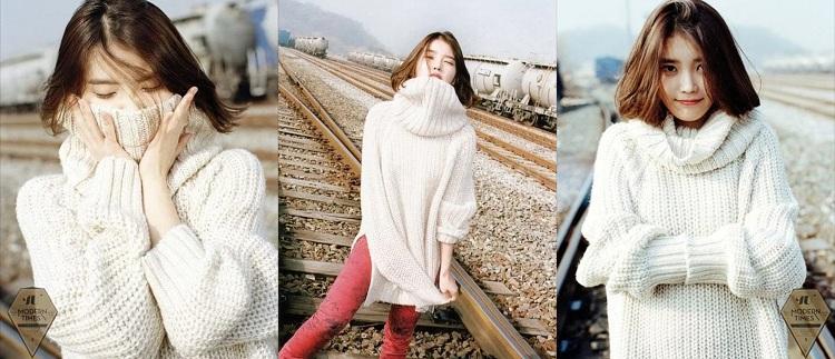 Thoáng nhìn qua, cặp item sweater trắng cao cổ - skinny hồng này sẽ thích hợp hơn với những mỹ nhân chân dài, nhưng có vẻ như nó cũng không làm khó cô nàng nhỏ bé IU này cho lắm, cô vẫn 'để lộ' sự đáng yêu, tinh nghịch của mình qua các bức ảnh.