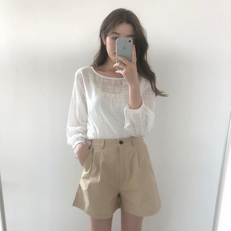 Mách nhỏ những tips mặc áo mỏng mà không lo phản cảm để tự tin đón hè 23