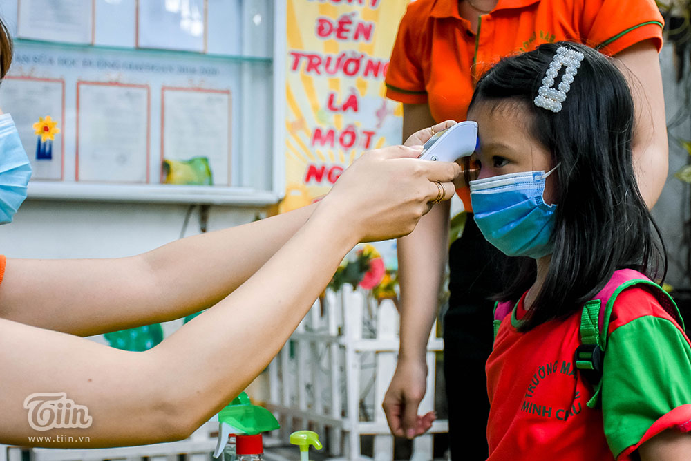 Công tác đưa đón được thực hiện theo hướng dẫn của Bộ Y tế, Sở GD&ĐT