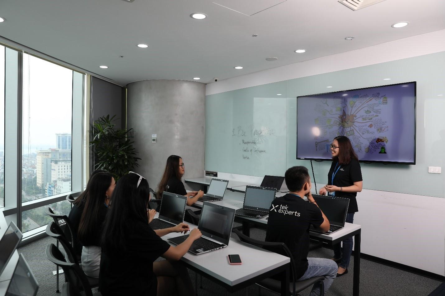 Tek Experts và chặng đường 7 năm tại Việt Nam 0