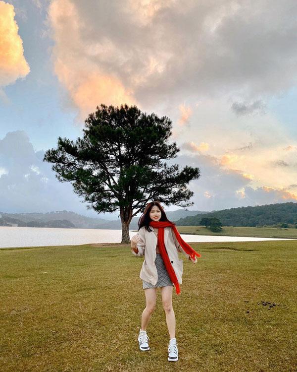 Bạn gái Quang Hải thường xuyên đi du lịch nhiều nơi.