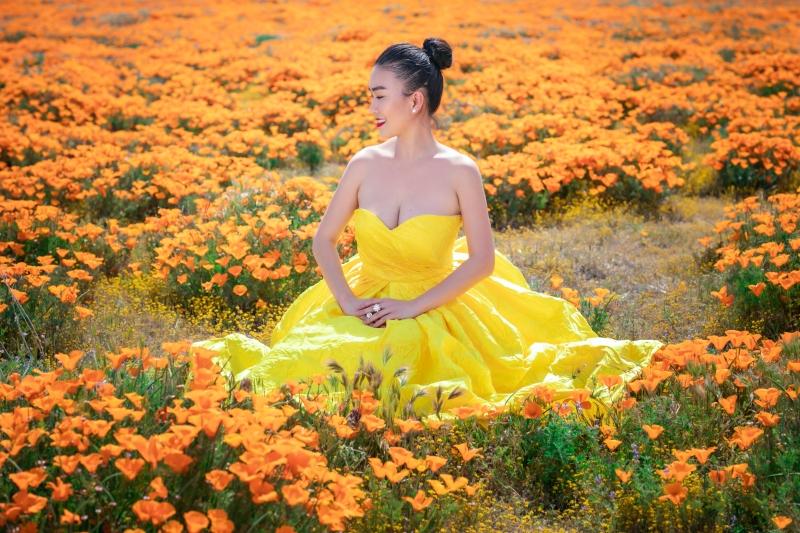 Trang phục được bộ đôi Vũ Ngọc và Son thiết kế, 'đo ni đóng giày' để phù hợp với phong cách vốn có của Ngọc Châu.