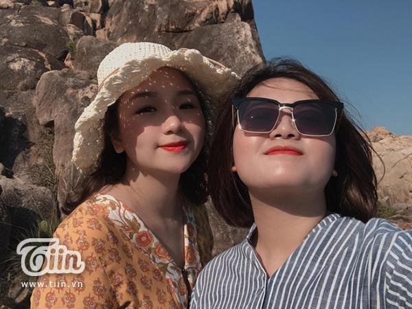 Loạt hình ảnh 'dở khóc dở cười' khi đi du lịch cùng bạn thân: 'Mình chụp bạn hết lòng, bạn chụp mình… hết hồn' 4