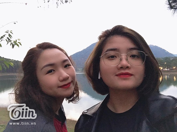 Cặp bạn thân Bích Ngọc và Phương Hằng.