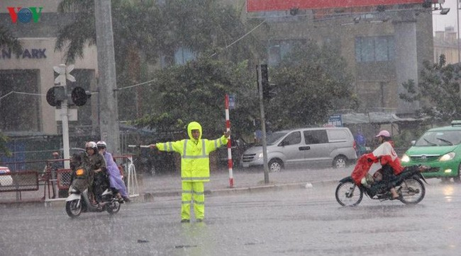 Thời tiết hôm nay 18/5: Bắc Bộ và Bắc Trung Bộ mưa dông 0