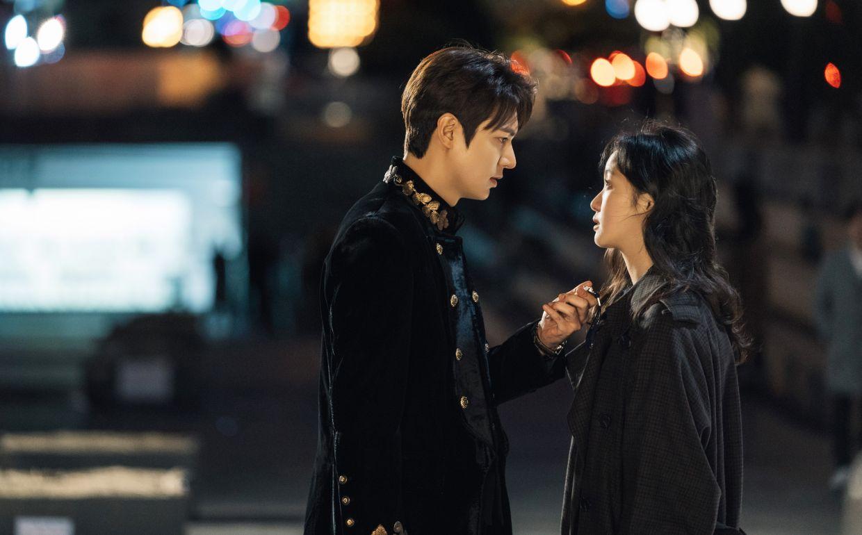 'Quân vương bất diệt' flop thảm hại, phải chăng biên kịch vàng Kim Eun Sook đã 'hết thiêng'? 2