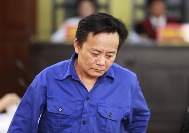 Bị cáo Khoa nói rằng hành vi phạm tội của bị cáo làm mất uy tín của ngành, của Công an tỉnh Sơn La.