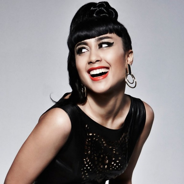 Lady Gaga còn bị cho là copy nhạc của Natalia Kills.